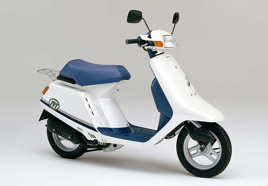Honda | 新設計空冷4サイクルエンジン搭載の50ccスクーター「ホンダ ...