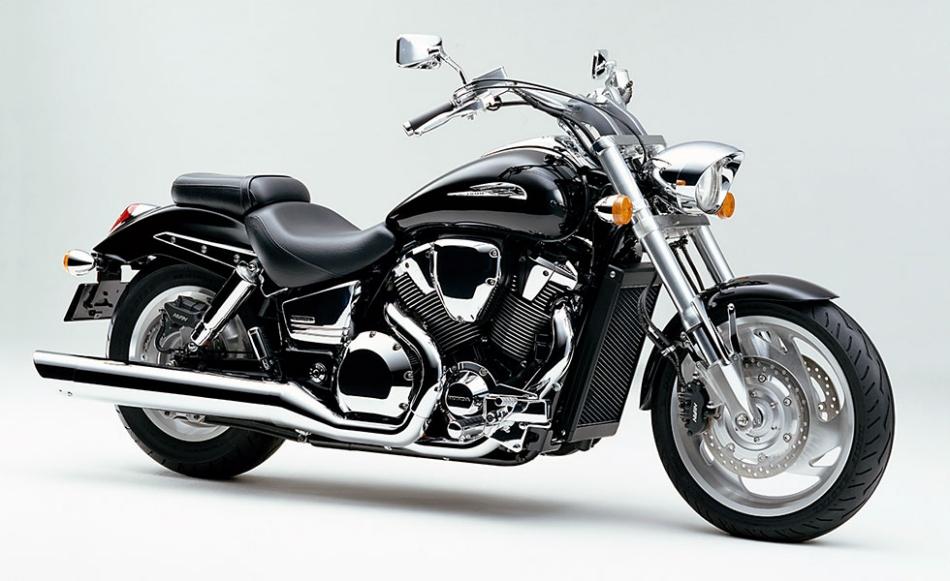 1800ccの大型カスタムバイク「VTX」を新発売