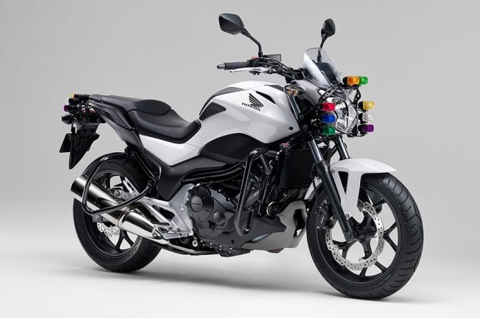 Honda | 大型二輪教習車「NC750L(教習車仕様)」の一部仕様を変更し自動車教習所向けに発売
