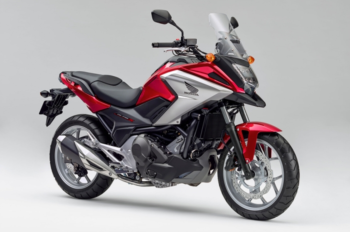 NC750X Dual Clutch Transmission<ABS>E Package  キャンディークロモスフィアレッド