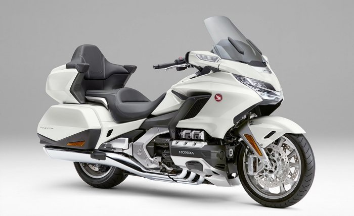 Gold Wing Tour Dual Clutch Transmission<AIRBAG> パールグレアホワイト