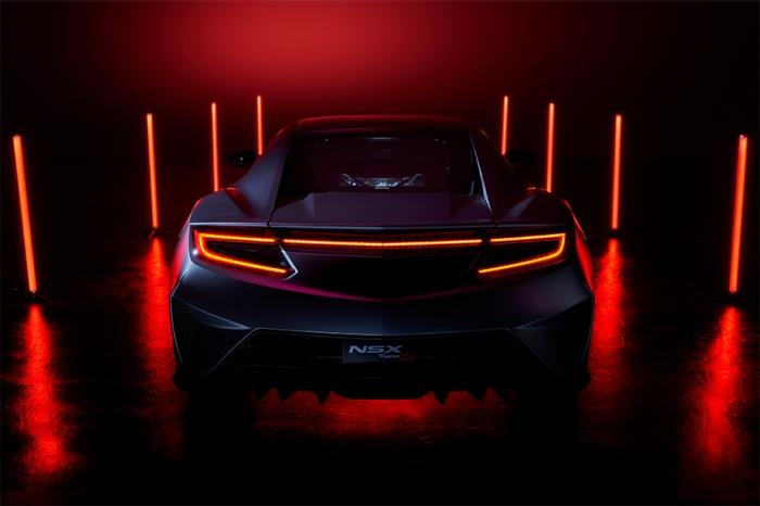 ホンダ、スポーツカー「NSX」22年末に生産終了 最終モデルを世界初公開