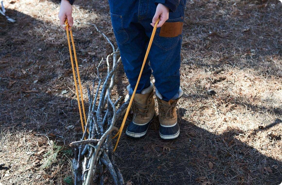 8c4d84f341764 ロープと枝で自作キャンプサイトをつくろう!ロープワークで遊び隊 ...