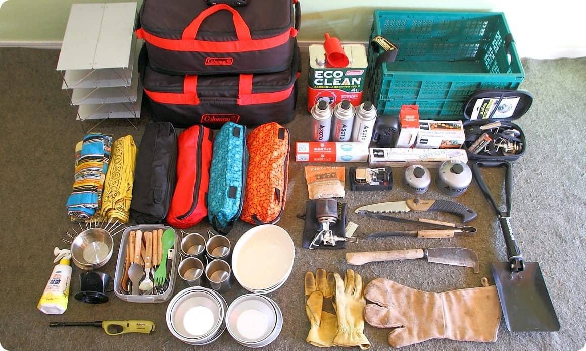 収納 キャンプ 道具 知っておきたい!おすすめキャンプ道具と快適な収納ケース10選